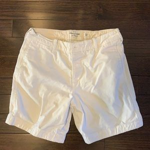 Abercrombie & Fitch Shorts (US: 32)